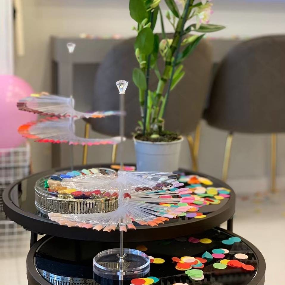 nail-plaza-interior-colour-collection-2