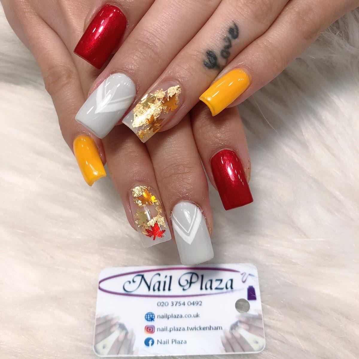 nail-design-211220-3