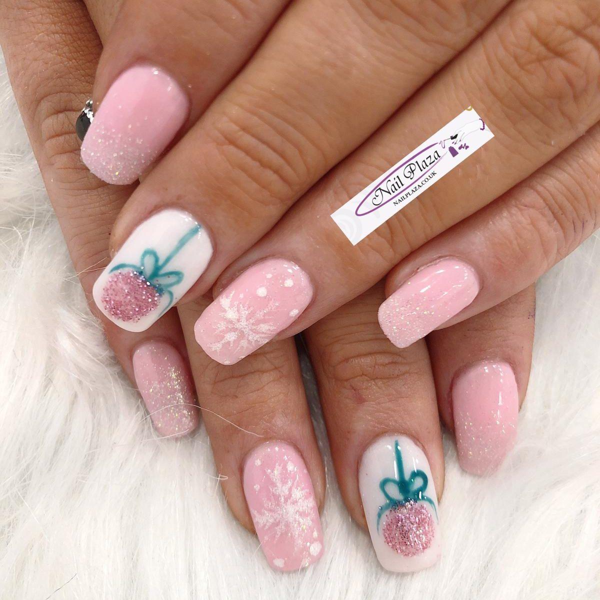 nail-design-211220-6